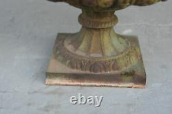 Vase Médicis en fonte de fer époque XIXème