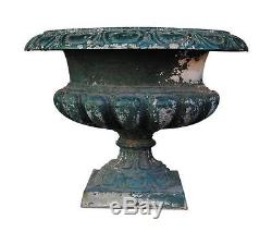Vase Médicis en fonte de fer peint époque XIXème